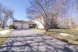 33 Maywood Drive - Photo 3