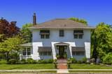 815 Oak Terrace - Photo 2
