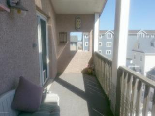 35 Carteret Avenue D4, Seaside Heights, NJ 08751 (MLS #21618793) :: The Dekanski Home Selling Team