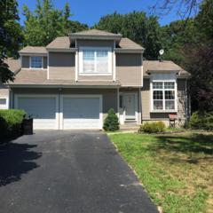 74 Bonnie Drive, Middletown, NJ 07748 (MLS #21629326) :: The Dekanski Home Selling Team