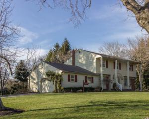 189 Brittany Drive, Freehold, NJ 07728 (MLS #21646211) :: The Dekanski Home Selling Team