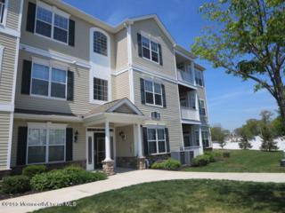 135 Mill Pond Way, Eatontown, NJ 07724 (MLS #21707890) :: The Dekanski Home Selling Team