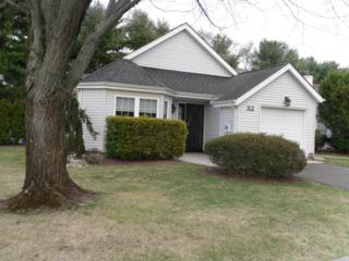 32 Jasmine Lane, Freehold, NJ 07728 (MLS #21708360) :: The Dekanski Home Selling Team