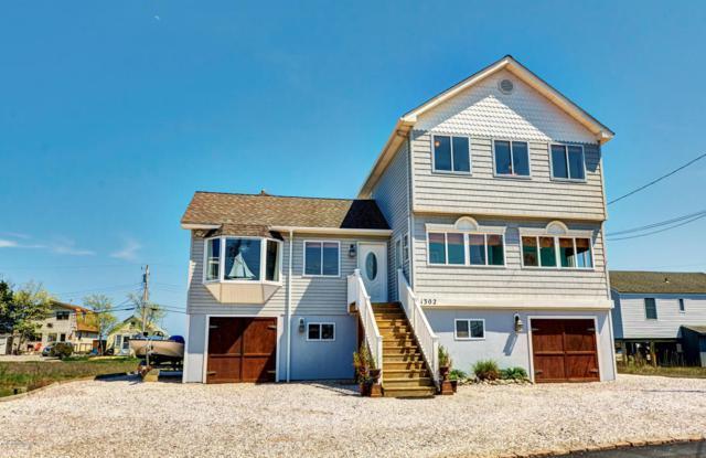 1302 E Mallard Drive, Manahawkin, NJ 08050 (MLS #21620038) :: The Dekanski Home Selling Team