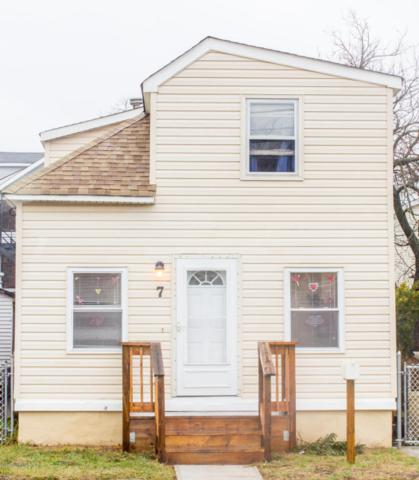 7 Seaview Avenue, Keansburg, NJ 07734 (MLS #21704284) :: The Dekanski Home Selling Team