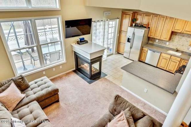 54 Fells Drive, Manalapan, NJ 07726 (MLS #21709037) :: The Dekanski Home Selling Team