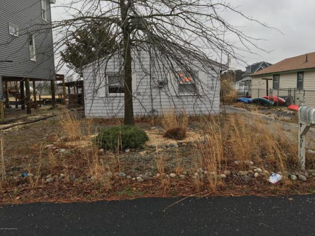216 Evergreen Drive, Bayville, NJ 08721 (MLS #21712370) :: The Dekanski Home Selling Team