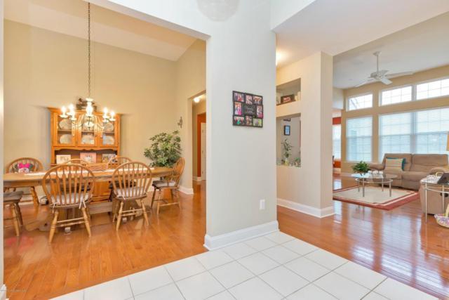 22 Crown Circle, Lakewood, NJ 08701 (MLS #21712400) :: The Dekanski Home Selling Team