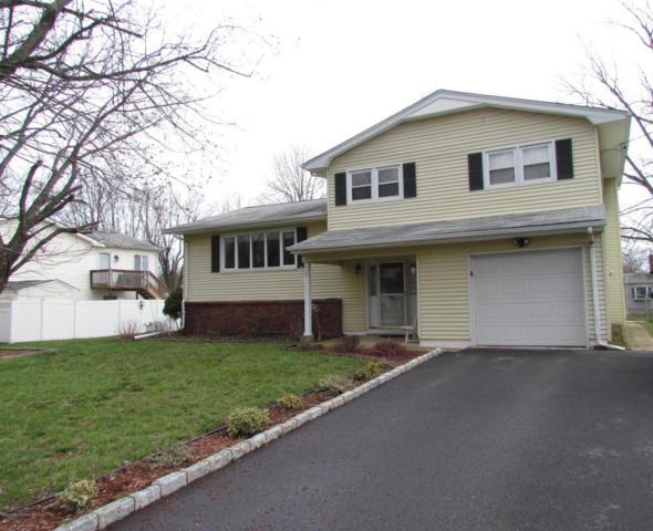 10 Mohawk Drive, Matawan, NJ 07747 (MLS #21713429) :: The Dekanski Home Selling Team