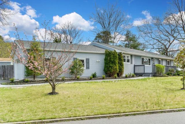 41 Clark Drive, Howell, NJ 07731 (MLS #21715220) :: The Dekanski Home Selling Team