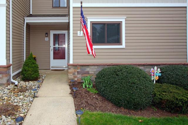32 Elizabeth Court, Tinton Falls, NJ 07724 (MLS #21715371) :: The Dekanski Home Selling Team