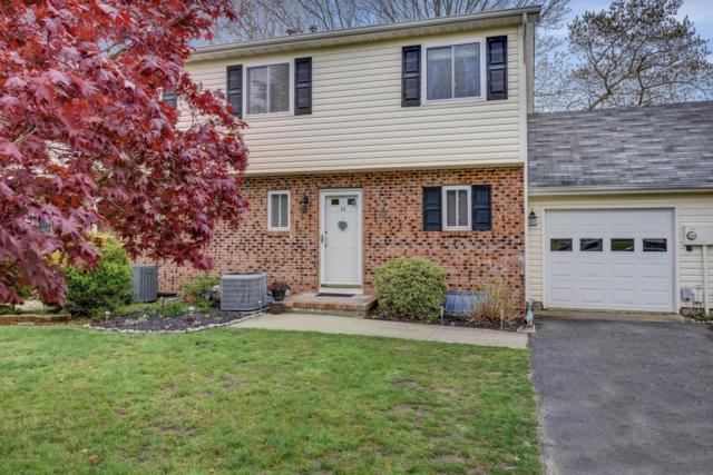 14 Tracey Court, Howell, NJ 07731 (MLS #21716093) :: The Dekanski Home Selling Team