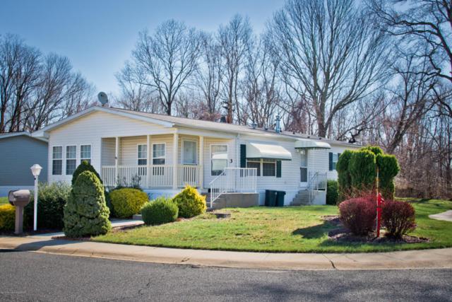 3 Easy Street, Freehold, NJ 07728 (MLS #21716149) :: The Dekanski Home Selling Team