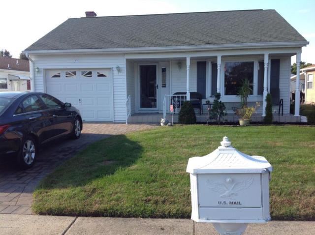 11 Haiti Court, Toms River, NJ 08757 (MLS #21717075) :: The Dekanski Home Selling Team