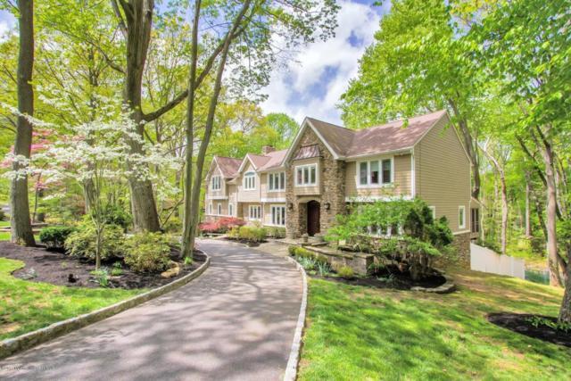 32 Seven Oaks Circle, Holmdel, NJ 07733 (MLS #21717118) :: The Dekanski Home Selling Team
