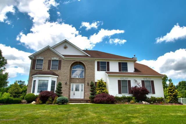 152 Palisade Drive, Freehold, NJ 07728 (MLS #21717359) :: The Dekanski Home Selling Team