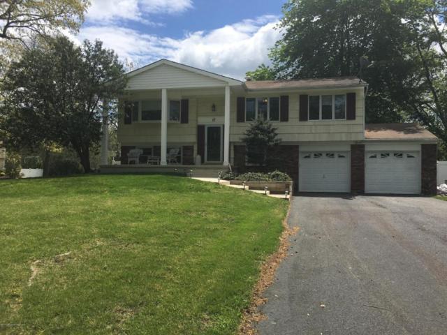 17 Madigan Lane, Manalapan, NJ 07726 (MLS #21717931) :: The Dekanski Home Selling Team