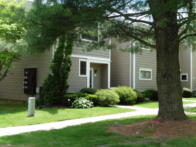 7 Iris Court, Tinton Falls, NJ 07724 (MLS #21718864) :: The Dekanski Home Selling Team