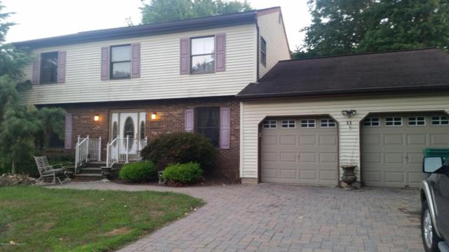 11 Longfellow Terrace, Morganville, NJ 07751 (MLS #21719033) :: The Dekanski Home Selling Team