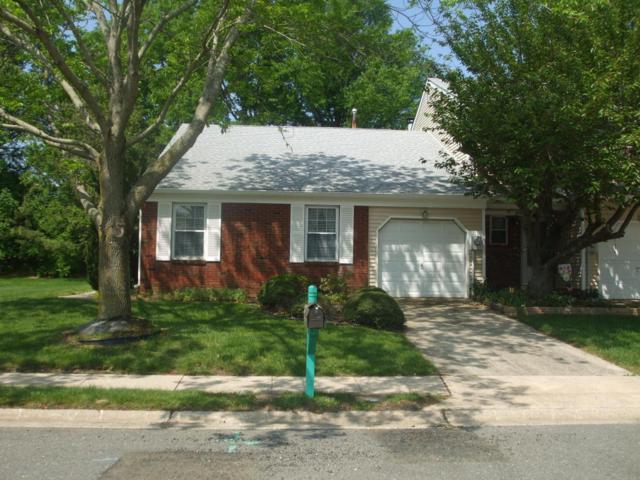 101 Oak Lane, Eatontown, NJ 07724 (MLS #21719494) :: The Dekanski Home Selling Team