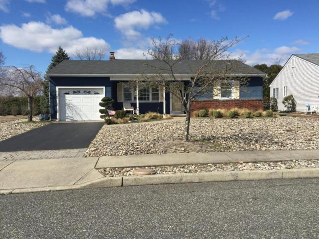 7 Oakfield Road, Toms River, NJ 08757 (MLS #21719912) :: The Dekanski Home Selling Team