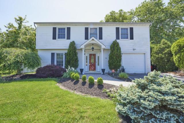 30 Dogwood Lane, Hazlet, NJ 07730 (MLS #21720038) :: The Dekanski Home Selling Team