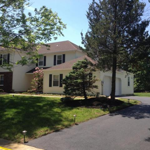54 Cannonade Drive, Marlboro, NJ 07746 (MLS #21720152) :: The Dekanski Home Selling Team