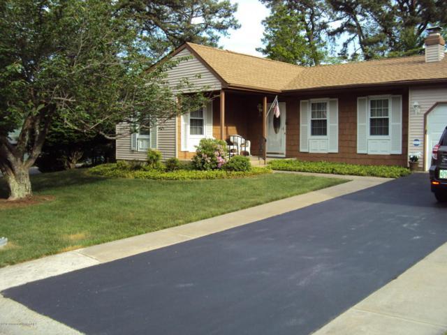 26 Sunset Road, Whiting, NJ 08759 (MLS #21720711) :: The Dekanski Home Selling Team