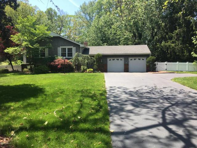 3 Longbow Drive, Manalapan, NJ 07726 (MLS #21720790) :: The Dekanski Home Selling Team