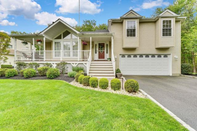 20 Driftwood Drive, Howell, NJ 07731 (MLS #21721027) :: The Dekanski Home Selling Team