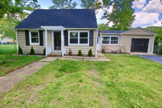515 Middle Lane, Howell, NJ 07731 (MLS #21721459) :: The Dekanski Home Selling Team