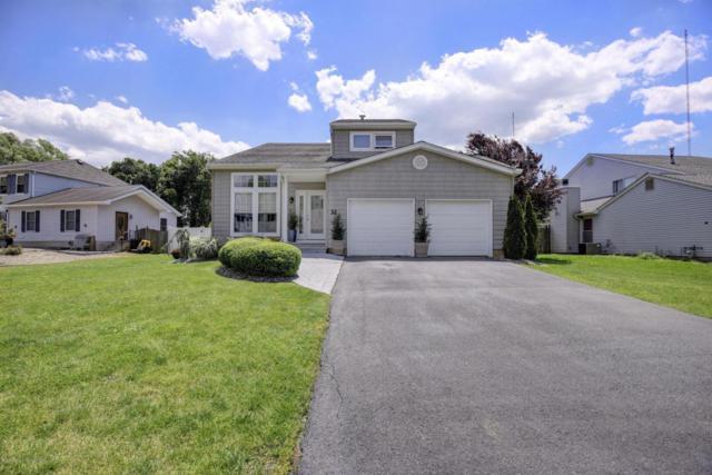 32 Driftwood Drive, Howell, NJ 07731 (MLS #21721523) :: The Dekanski Home Selling Team