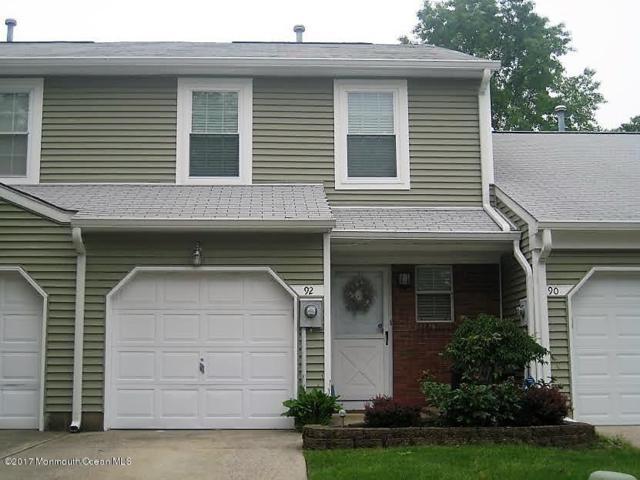 92 Oak Lane, Eatontown, NJ 07724 (MLS #21722033) :: The Dekanski Home Selling Team