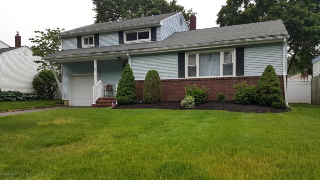 137 Crestview Drive, Middletown, NJ 07748 (MLS #21722259) :: The Dekanski Home Selling Team