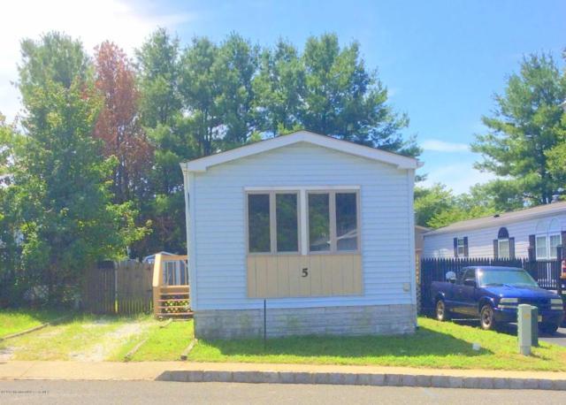 5 Secretariat Street, Howell, NJ 07731 (MLS #21722312) :: The Dekanski Home Selling Team