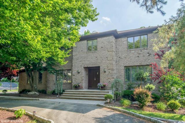 22 Emerald Drive, Morganville, NJ 07751 (MLS #21722415) :: The Dekanski Home Selling Team