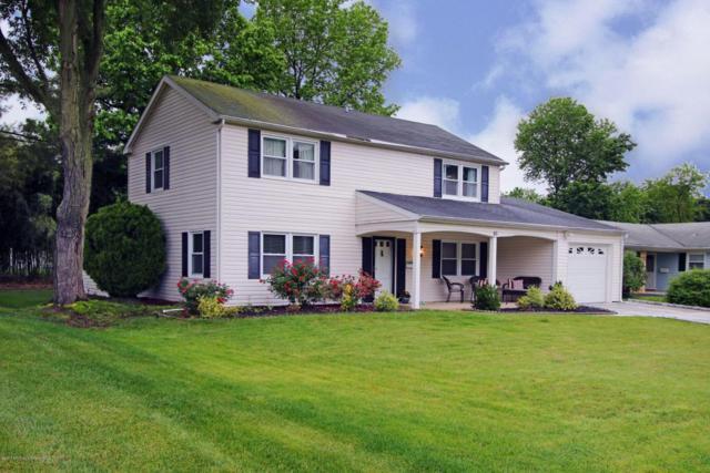46 Brookview Lane, Aberdeen, NJ 07747 (MLS #21722427) :: The Dekanski Home Selling Team