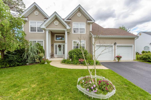 6 Crown Circle, Lakewood, NJ 08701 (MLS #21722582) :: The Dekanski Home Selling Team