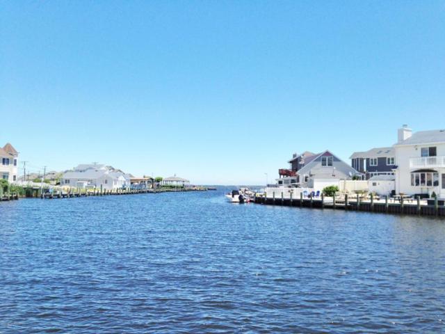 824 Wave Drive, Forked River, NJ 08731 (MLS #21722805) :: The Dekanski Home Selling Team
