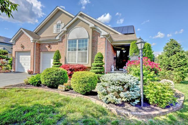 719 Michael Court, Lakewood, NJ 08701 (MLS #21723143) :: The Dekanski Home Selling Team