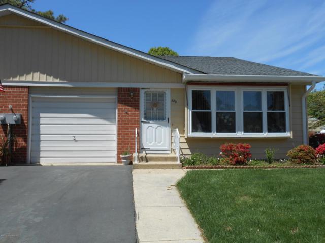 32 B Monticello Drive, Whiting, NJ 08759 (MLS #21723166) :: The Dekanski Home Selling Team