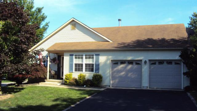 404 Lily Court, Whiting, NJ 08759 (MLS #21723318) :: The Dekanski Home Selling Team