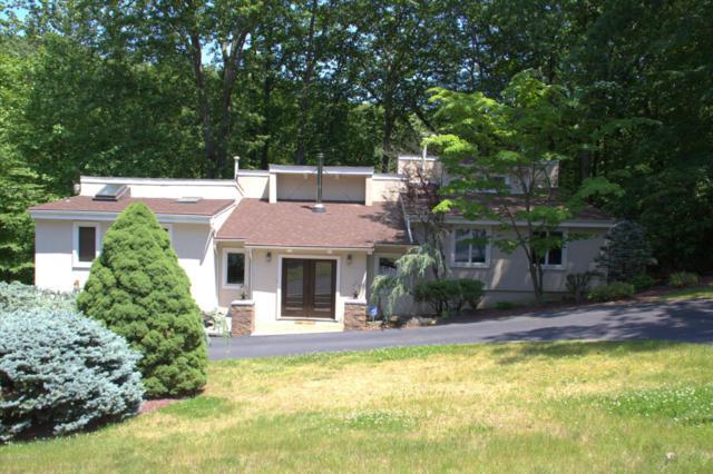 24 Mount Drive, Holmdel, NJ 07733 (MLS #21723327) :: The Dekanski Home Selling Team
