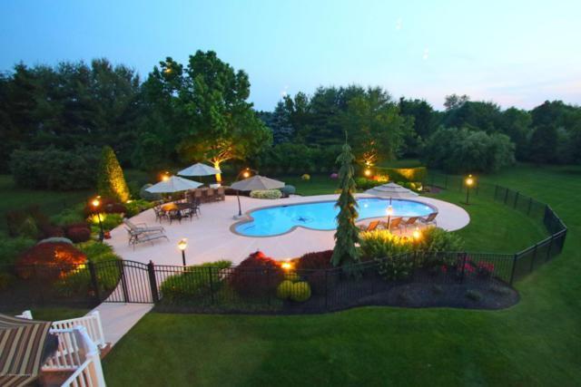 2 Brown Court, Holmdel, NJ 07733 (MLS #21723590) :: The Dekanski Home Selling Team