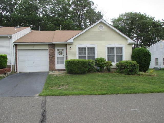 15 Raymond Court, Lakewood, NJ 08701 (MLS #21723834) :: The Dekanski Home Selling Team
