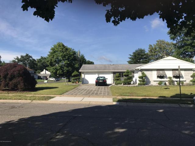 5 Clover Way, Aberdeen, NJ 07747 (MLS #21724175) :: The Dekanski Home Selling Team