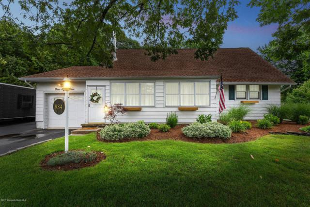 984 Westminster Drive, Toms River, NJ 08753 (MLS #21724411) :: The Dekanski Home Selling Team