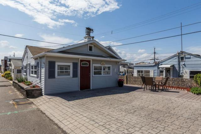 20 E Chadwick Way, Lavallette, NJ 08735 (MLS #21724611) :: The MEEHAN Group of RE/MAX New Beginnings Realty