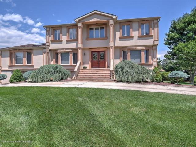 40 Rockwell Circle, Marlboro, NJ 07746 (MLS #21724701) :: The Dekanski Home Selling Team
