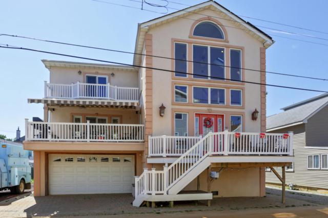 24 Gravelly Point Road, Highlands, NJ 07732 (MLS #21724871) :: The Dekanski Home Selling Team